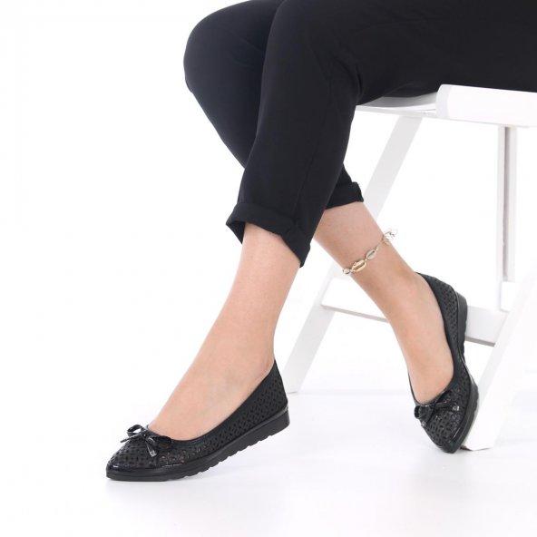 Pia Kadın Günlük Ayakkabı - Babet, Siyah, Platin, Fiyonk Detaylı