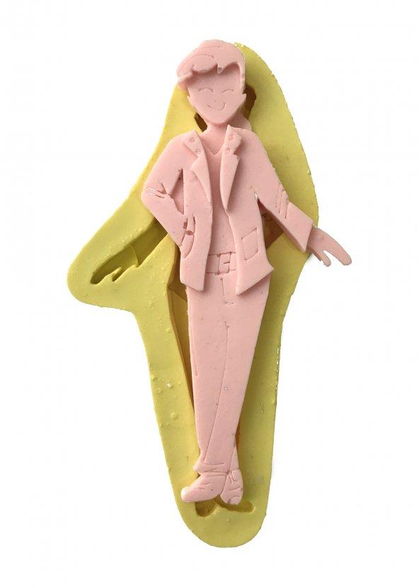 Takım Elbiseli Erkek Şeklinde Silikon Pasta ve Seker Hamuru Kalibi 19x8x1 cm