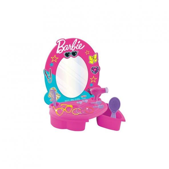 Dede Barbie Güzellik Salonu