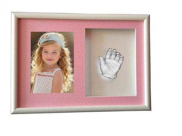 Küçük İzler resimli çerçeveli çocuk el izi heykeli