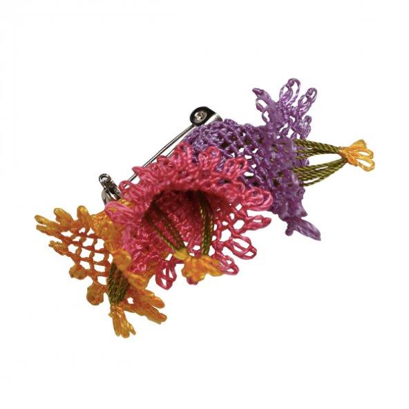 Çiçek Desenli Broş