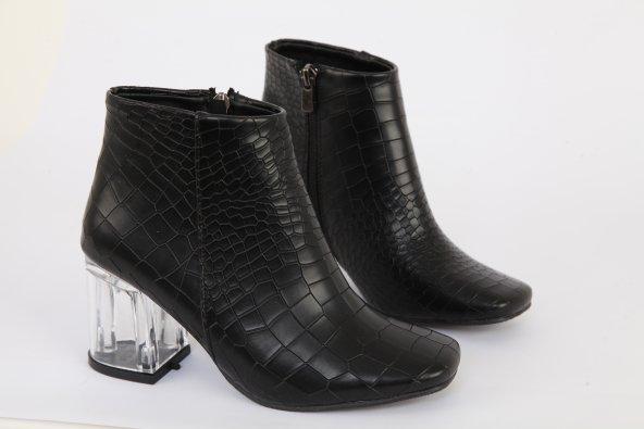 Mat Deri Şeffaf Uzun Topuk Küt Burun Bot Krokodil Siyah