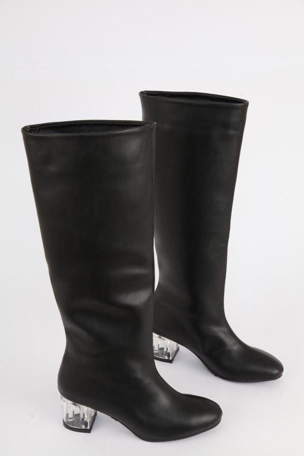 Mat Deri Şeffaf Kısa Topuk Yuvarlak Burun Diz Altı Çizme Siyah