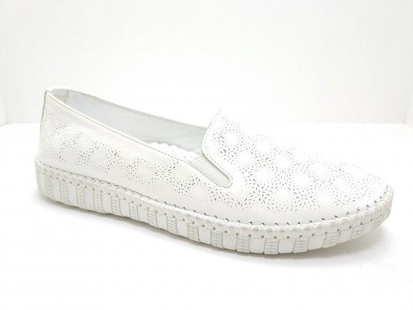 Özgül Ortopedik Hakiki Deri Kauçuk Tabanlı Ayakkabı Beyaz