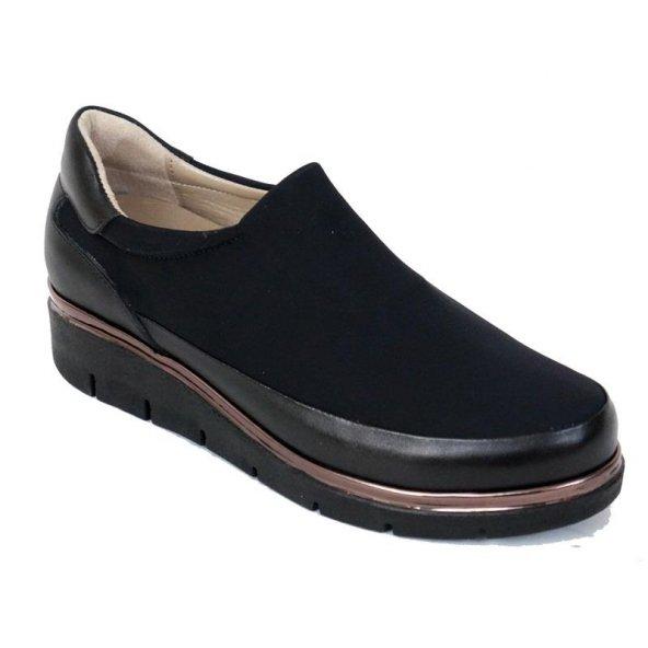 Ustalar Ayakkabı 074.821 Kadın Siyah Düz Taban Yarım Dolgu Günlük