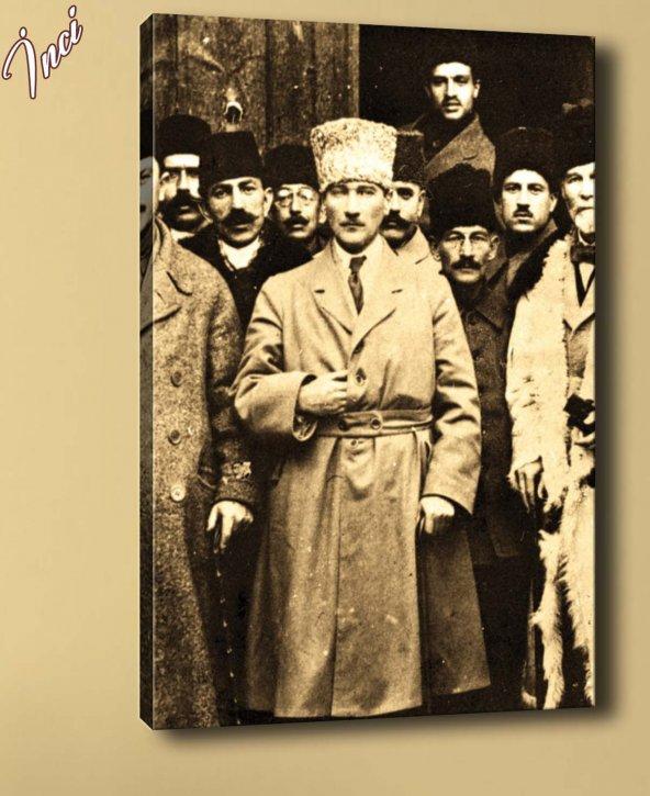 ata-128 Atatürk Mecliste Kanvas Tablo