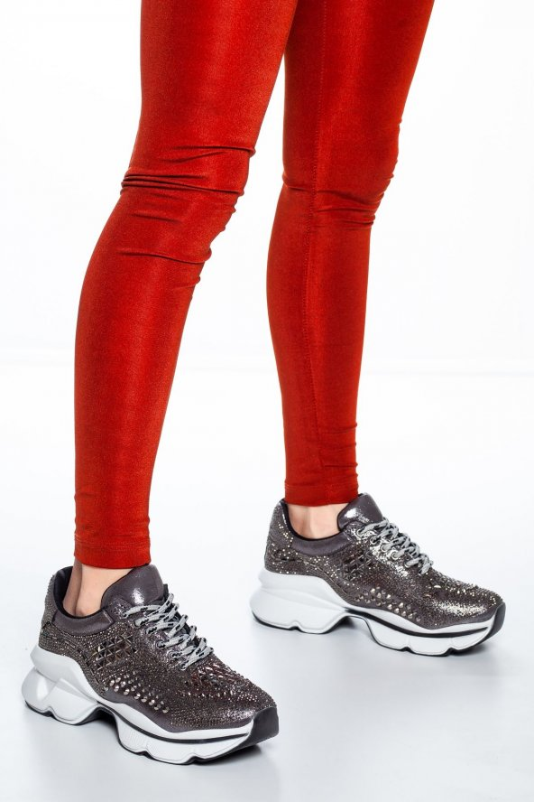 Sanya Taş Detaylı Sneakers Platin