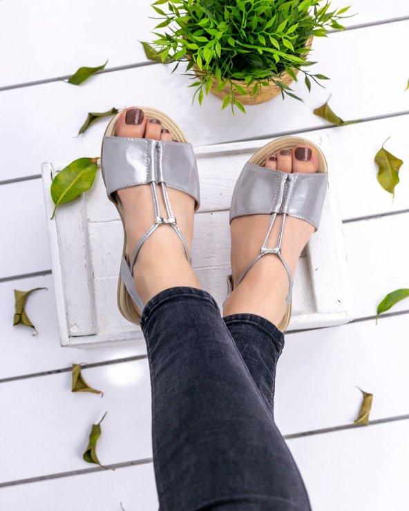 Marina Gri Sandalet