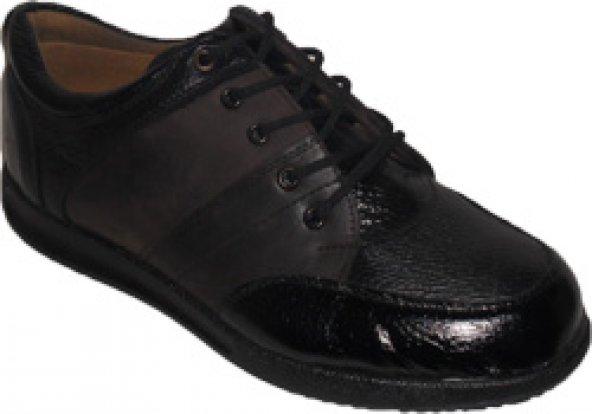 favori siyah ayakkabı