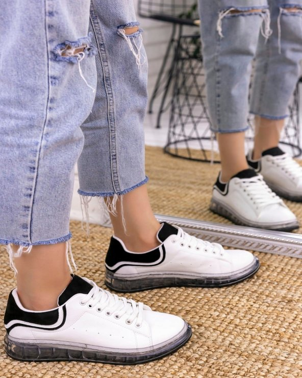 Lumi Beyaz Cilt Siyah Süet Detaylı Spor Ayakkabı
